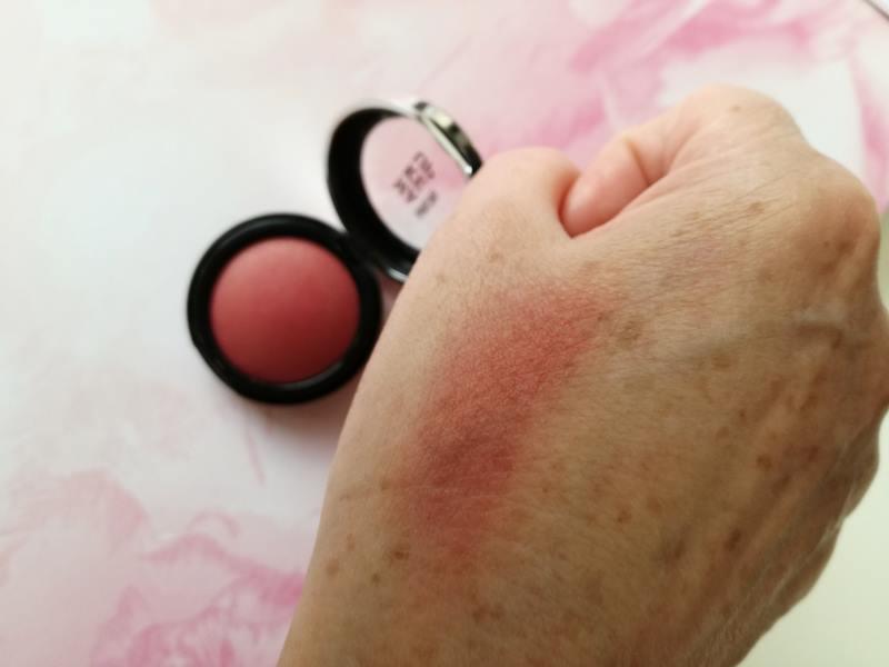 Review- Warme Koraal Kleuren van Make Up Factory 15 make up factory Review- Warme Koraal Kleuren van Make Up Factory