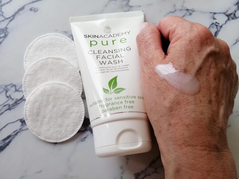 Review: SKINACADEMY PURE Pure-Zuivere gezichtsverzorging, 100% zonder kleur- en geurstoffen. 15 skinacademy pure Review: SKINACADEMY PURE Pure-Zuivere gezichtsverzorging, 100% zonder kleur- en geurstoffen.