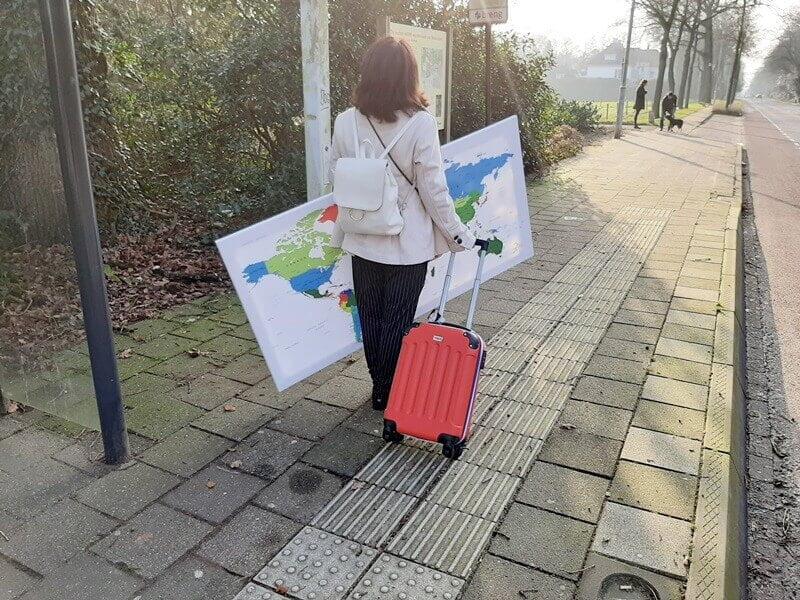 Wereldkaart? Check! Koffer? Check! Ga je mee op Reis? 11 wereldkaart Wereldkaart? Check! Koffer? Check! Ga je mee op Reis?