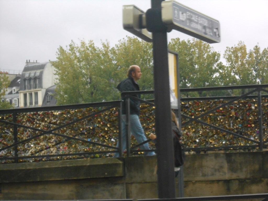 Pont de l'Archevêché bridge redux.
