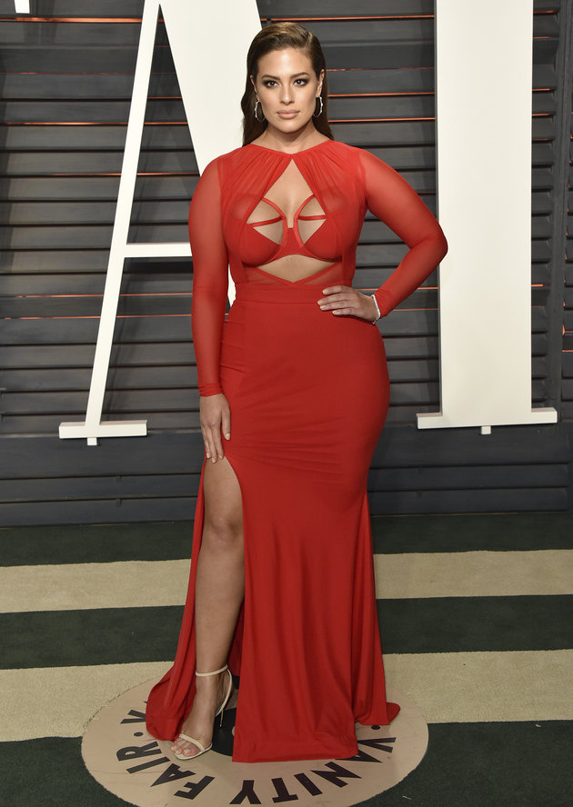 ashley-graham-oscars-2016