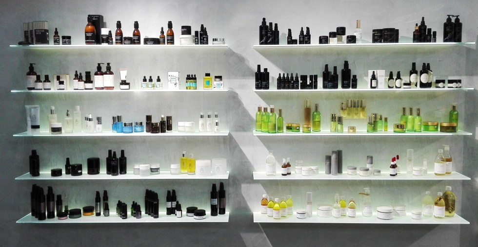 esposizione1 the beautyaholic's shop