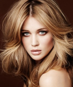 multi-toned-blonde-hair-color