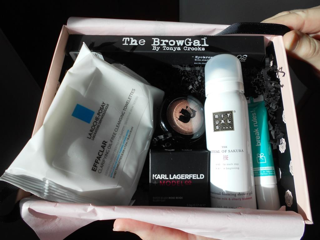 Glossybox April 2018 Beauty Subscription Box