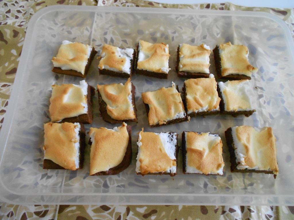 Cocoa-Meringue Bars Are Dark Richness