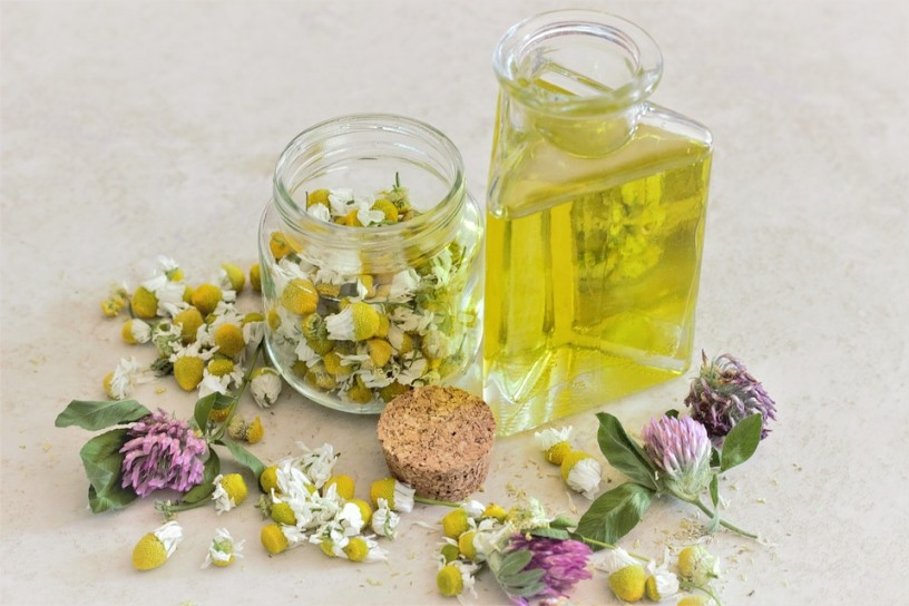 DIY Sleep Promoting Aromatherapy Body Rub Chamomile Ingredient