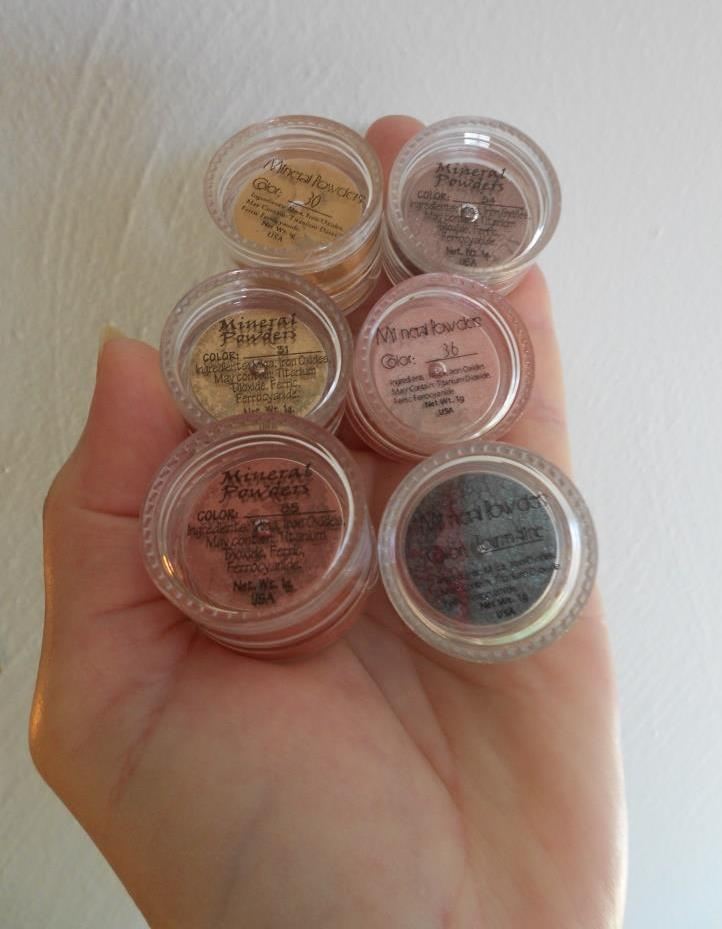 Monave Mineral Makeup Holiday Glam Versatile Powders