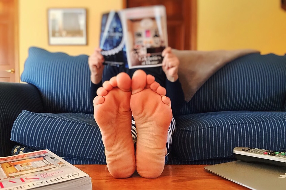 How to Keep Feet Healthy and Beautiful Bare Feet Elevated
