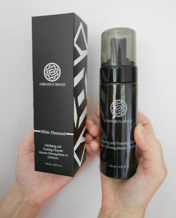 Forever Flawless Exfoliating & Foaming Cleanser Review +