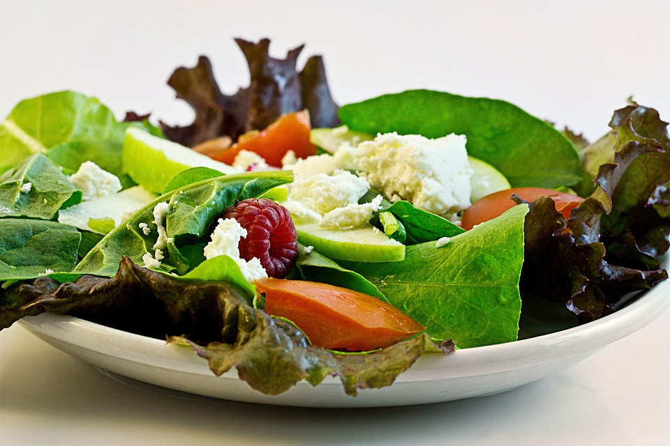 Salad to Maximize Nutrient Absorption