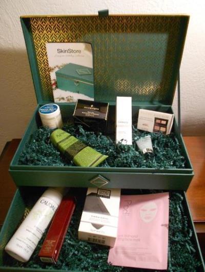 SkinStore Evergreen Holiday Box Opened better