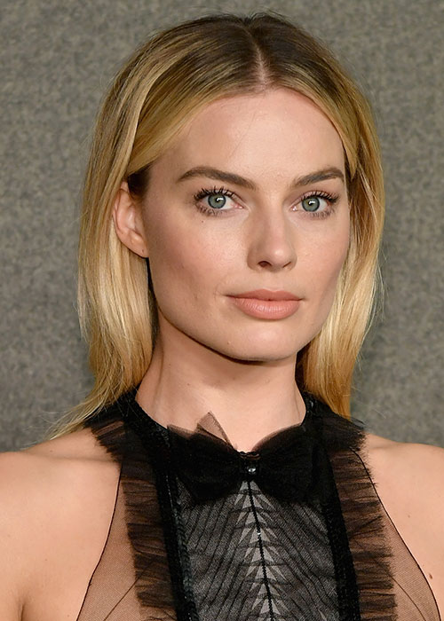 Margot Robbie S Makeup Artist S Trick For Finding The