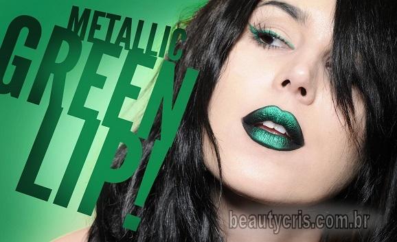 batom verde metalizado kat von d