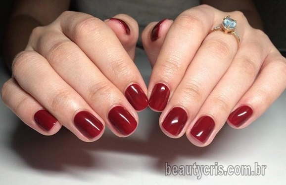 esmalte vermelho verao