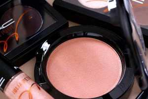 MAC-Julia-Petit-Blush Linda