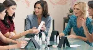 <p>Saiba como ser uma revendedora de produtos de beleza Eudora, faça o seu cadastro no site da empresa e aumente a sua renda como consultora Eudora</p>