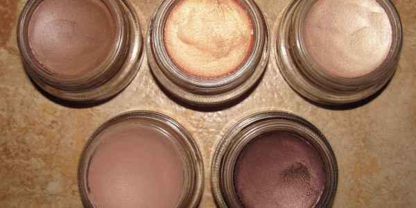paint pot da MAC para usar no fim de ano