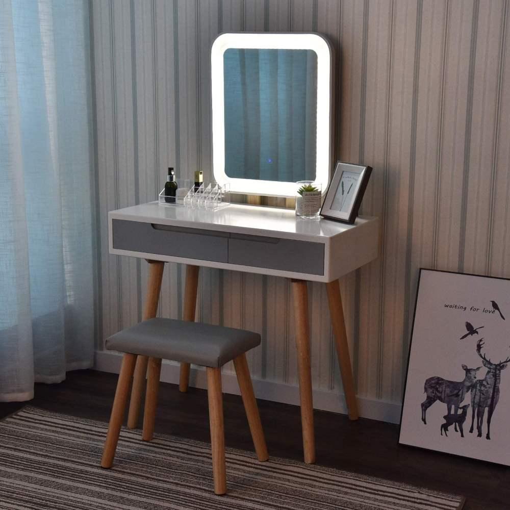 È solo un tavolo da trucco, ma anche è una scrivania da studiare con un. Postazione Trucco E Specchiere Make Up Le Piu Belle