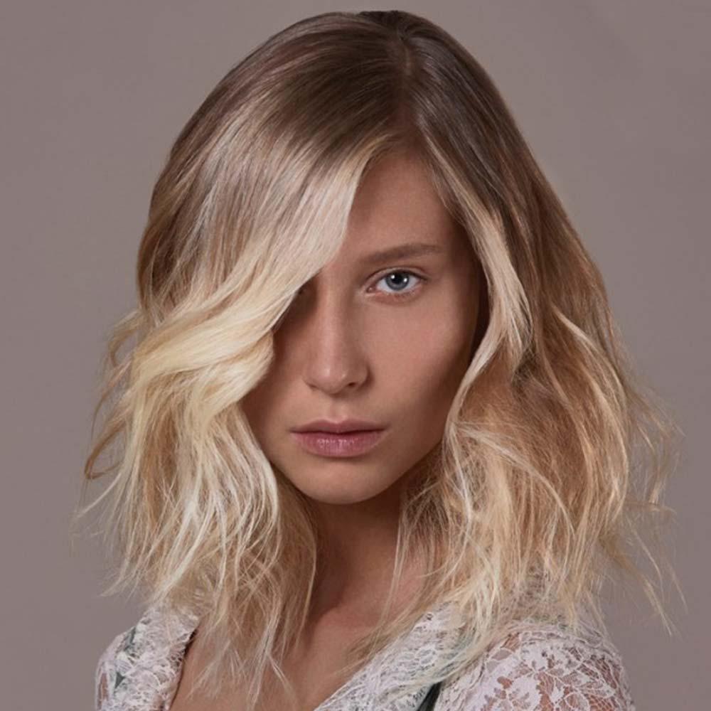 Tagli capelli medi ciuffo inverno 2021