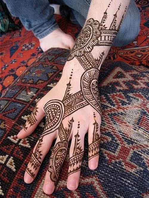 stylish gujarti mehndi