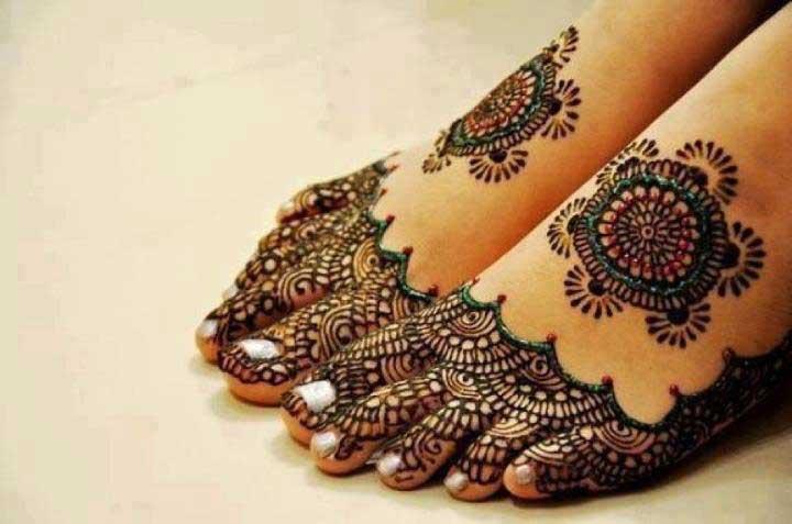 attractive-foot-mehndi-designs