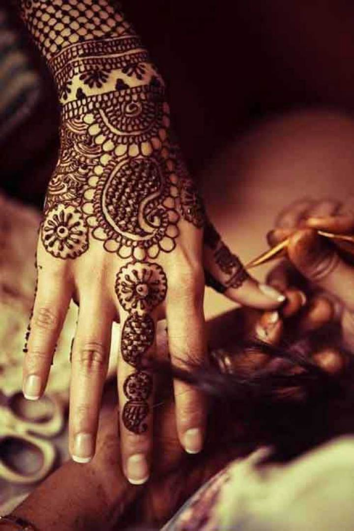 latest-rajasthani-mehndi-for-hands