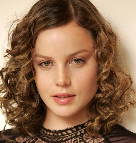 Abbie Cornish Medium Curly Hairstyles