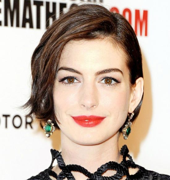 Anne Hathaway Blunt Bob Hairstyles