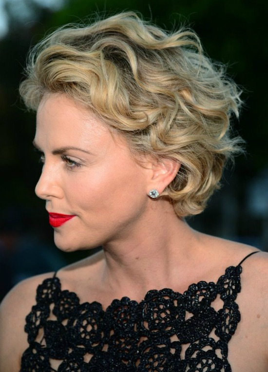 Charlize theron short wavy hairstyle