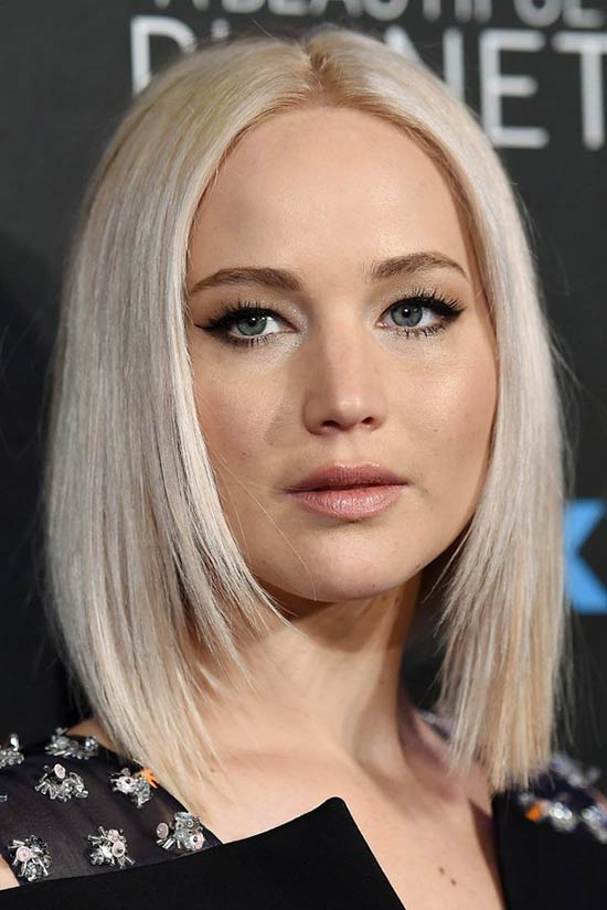 Jennifer Lawrence Layered Bob Hairstyles: