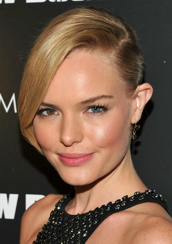 Kate Bosworth Side Parted Short Hairstyle