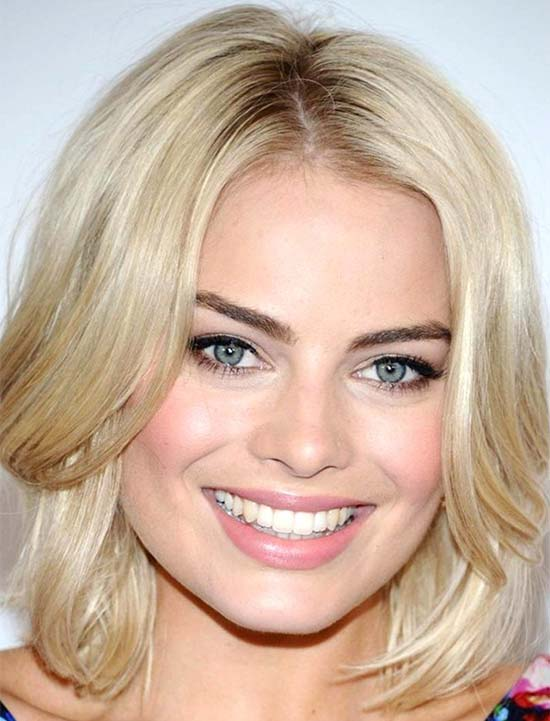 Margot Robbie Medium Blonde Hairstyles