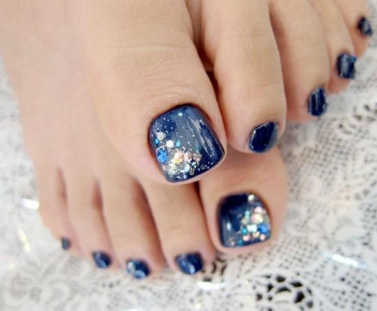 Crystal Toe Nail Art Design