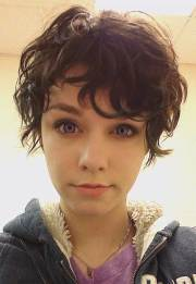 amazing pixie cut curly