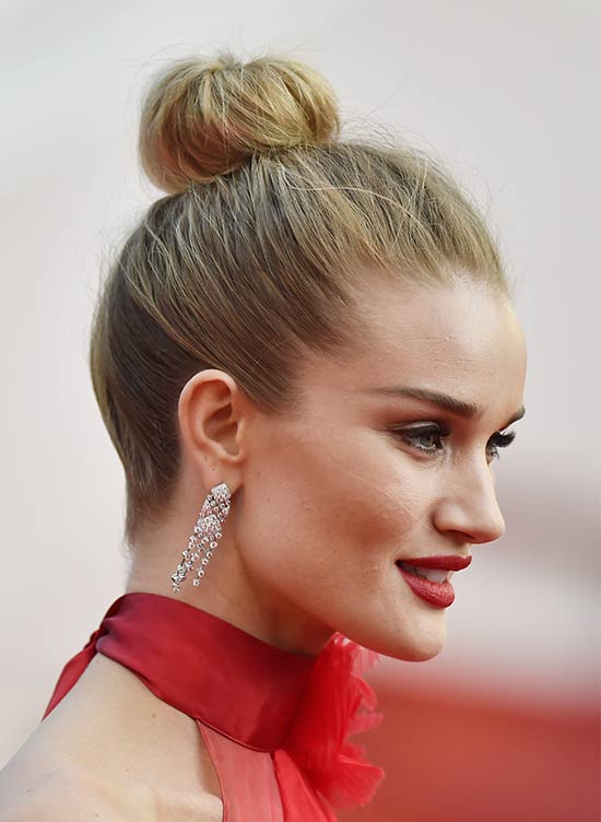 29 Pretty Top Knot Hairstyles That Will Inspire You