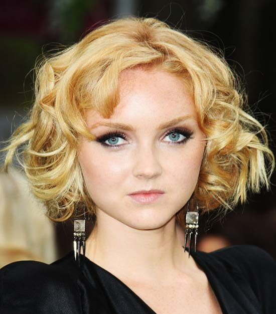 Lily Cole Curly Bob Hair Round Faces