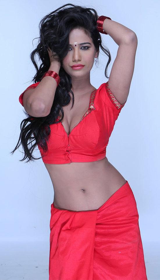 Poonam Pandy In Red Saree