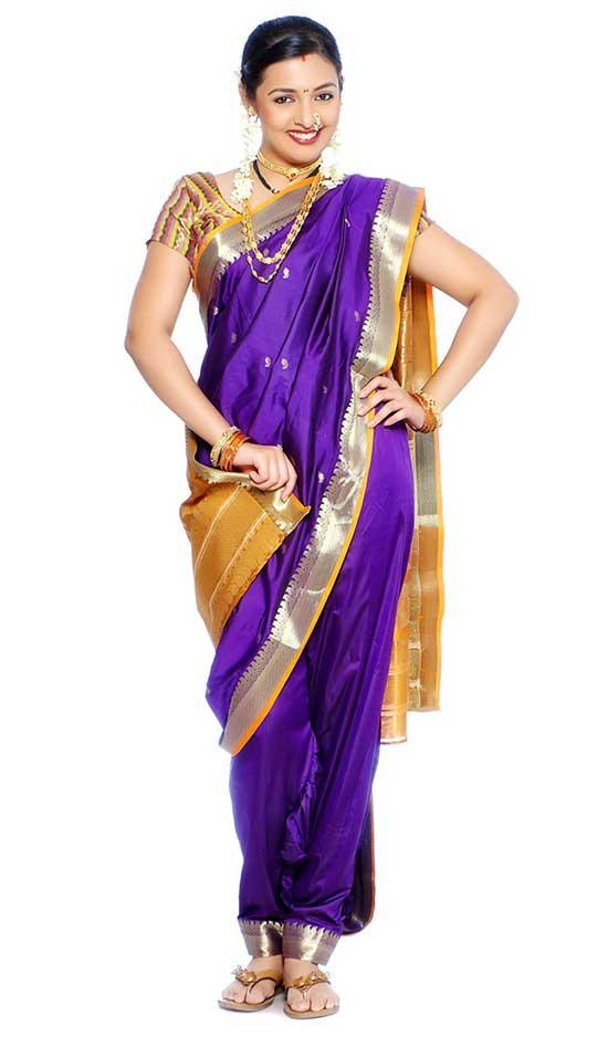 Nauvari Lugade Saree Purple Colour