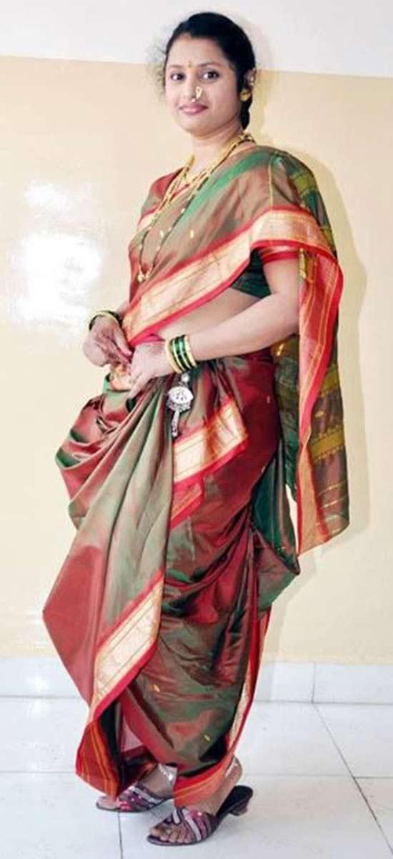 bhramin style nauvari saree