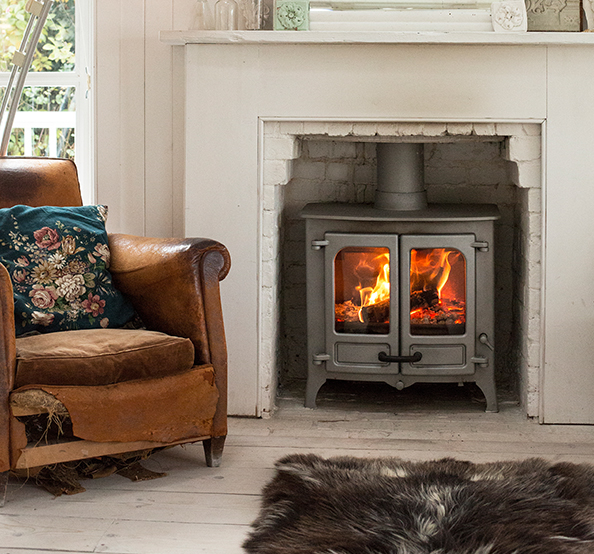 Charnwood Island  Closed Combustion Fireplace  Beauty Fires