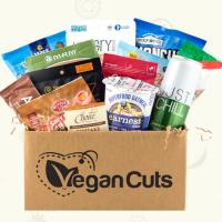 Vegan Cuts Snack Box - Cruelty-Free Vegan subscription box - unboxing subscription box review | beautyiscrueltyfree.com