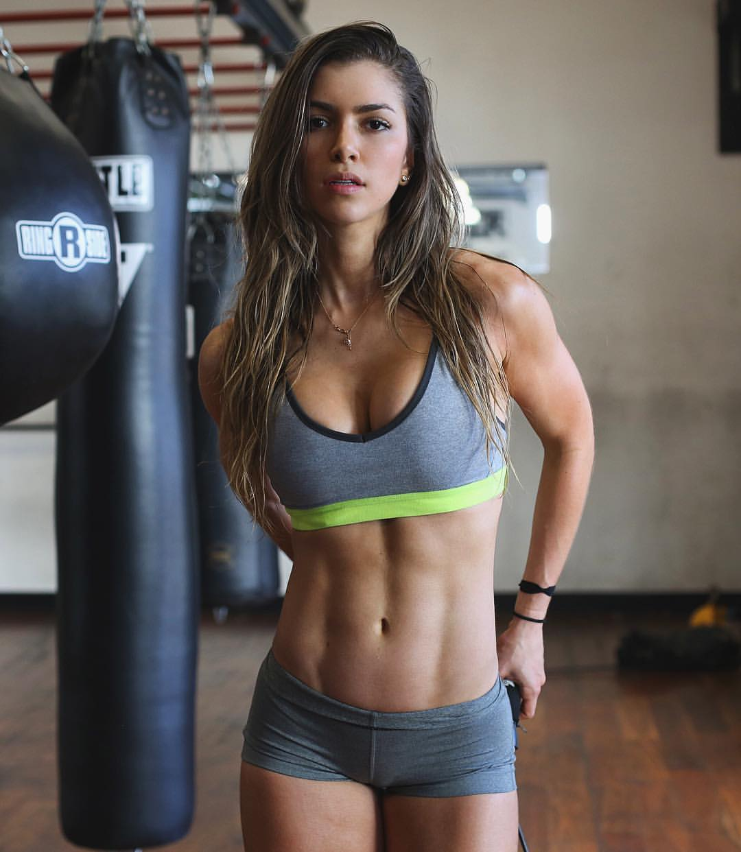 Anllela Sagra 22042016  Beauty Muscle