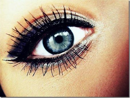 blue eyes makeup 80