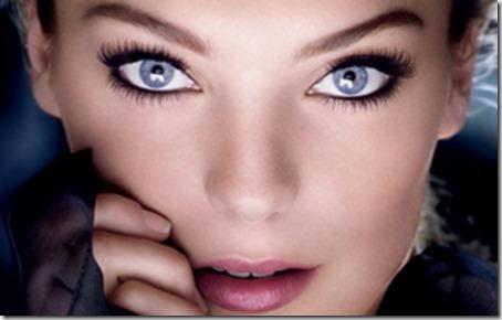 blue eyes makeup 825