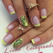 french manicure neon fluo in gel