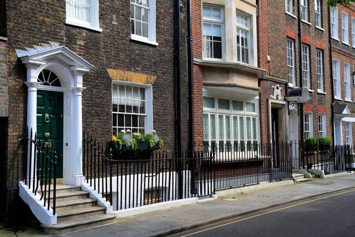 lodging locations London