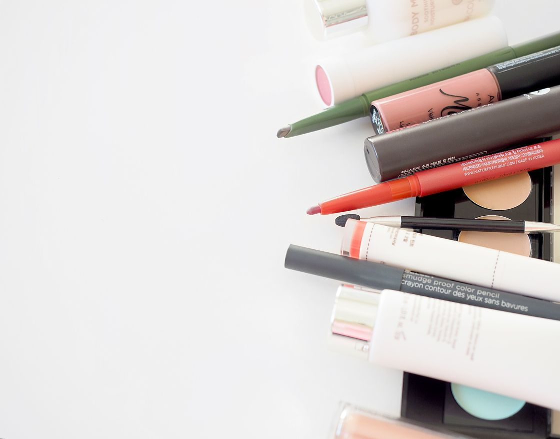 beauty-summer-makeup-essentials