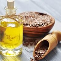 L'huile de lin, un allié pour nos cheveux !
