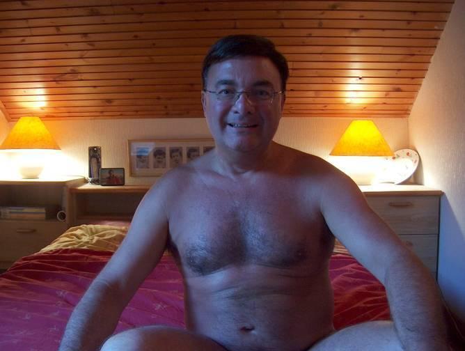 Wael , 63 ans de Margny-lès-Compiègne
