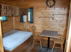 Camping Cabin 4